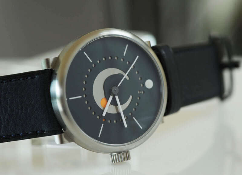 Ochs und Junior Selene – the most accurate moon phase in a wristwatch!